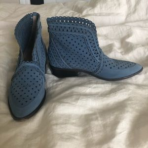 Cecelia New York blue booties